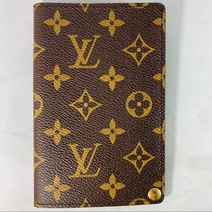 LOUIS VUITTON Monogram Passport Sleeve